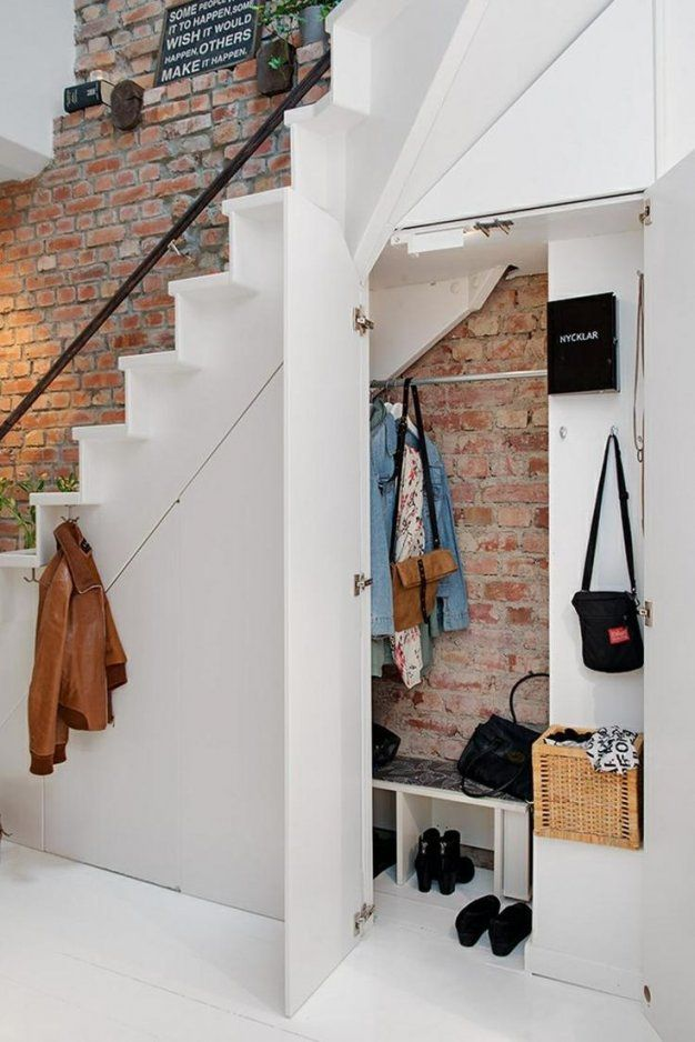 Die Besten Stauraum Unter Der Treppe Ideen Auf Schrank Regal von Regale Unter Der Treppe Photo