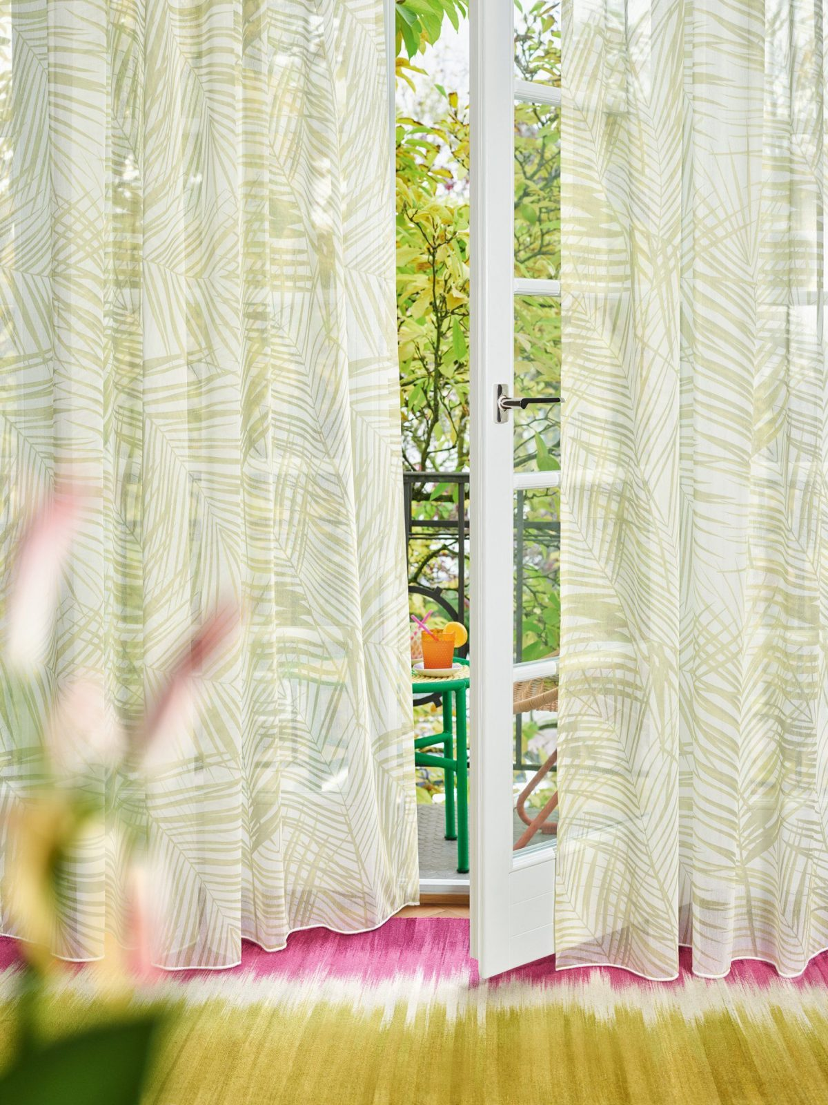 Die Perfekten Stoffe Für Ihr Zuhause  Ado Goldkante von Ado Gardinen Werksverkauf Photo
