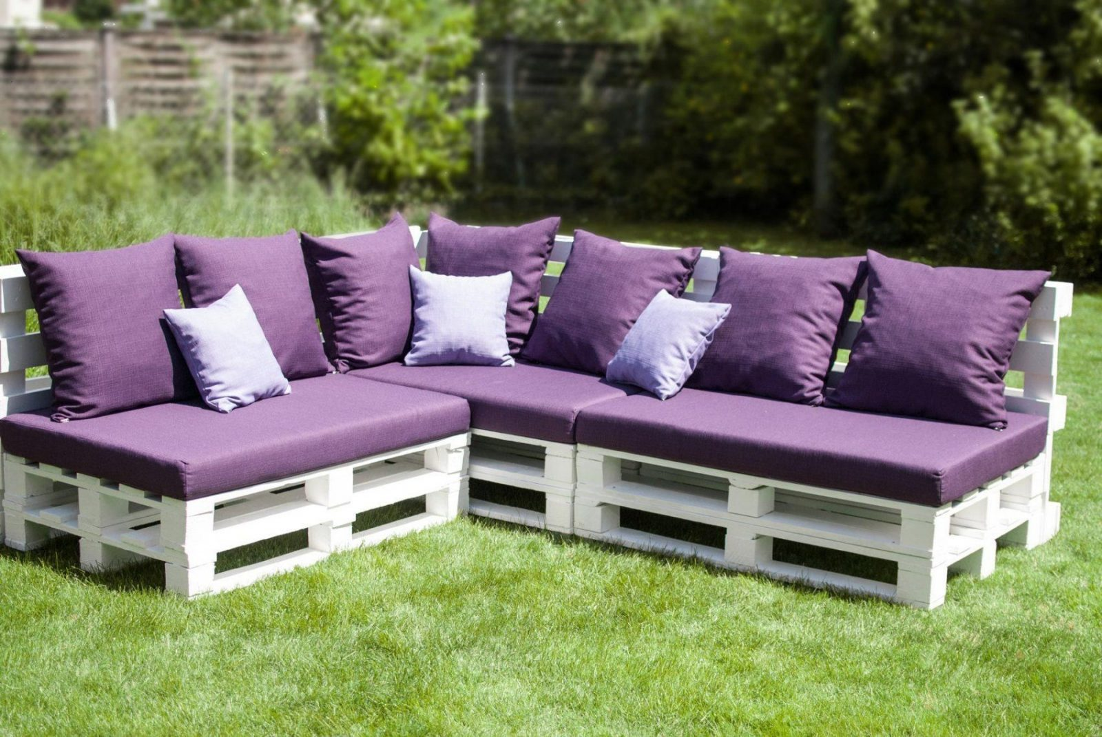 Diy Outdoor Couch Aus Europaletten Httpblogwohnguidediy von Garten Lounge Aus Paletten Selber Bauen Bild