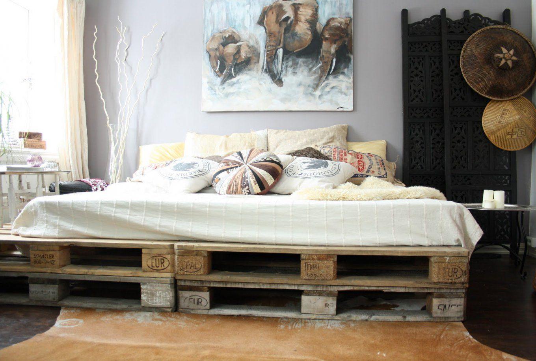 Diy Podestbett Bauen  Diy Innendesign  Zenideen von Podest Bett Aus Paletten Bild