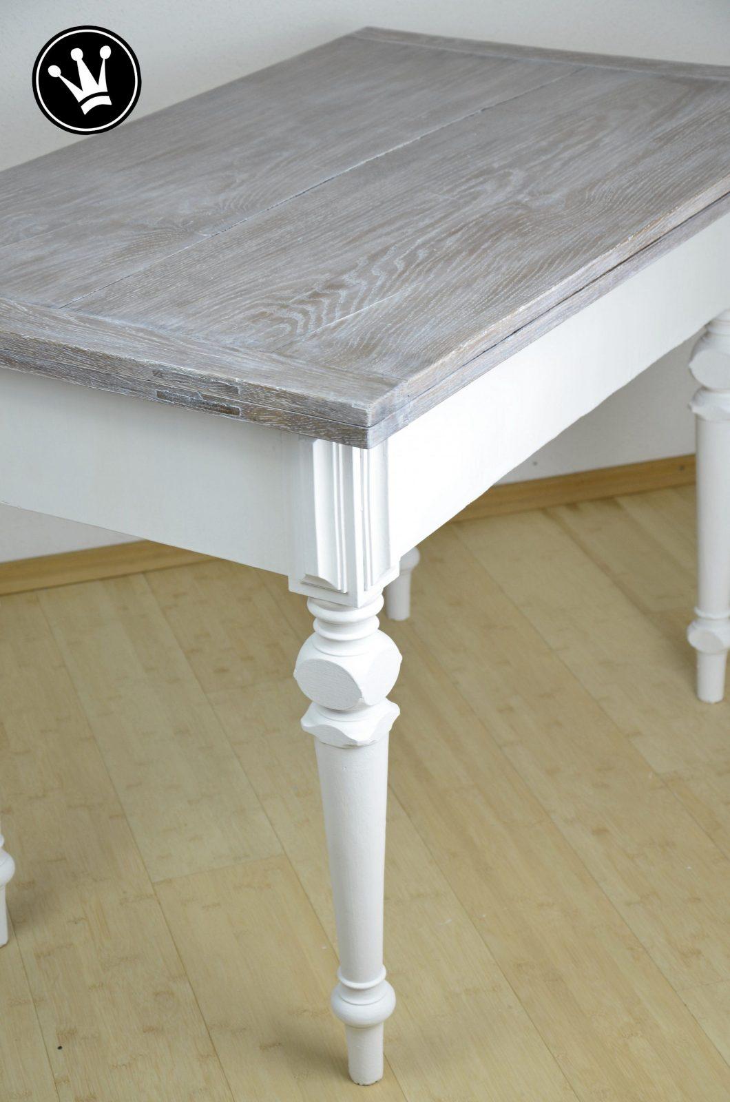 Diy  Tisch Mit Kreidefarbe Streichen Tischplatte Mit Der White von Alten Tisch Neu Gestalten Photo
