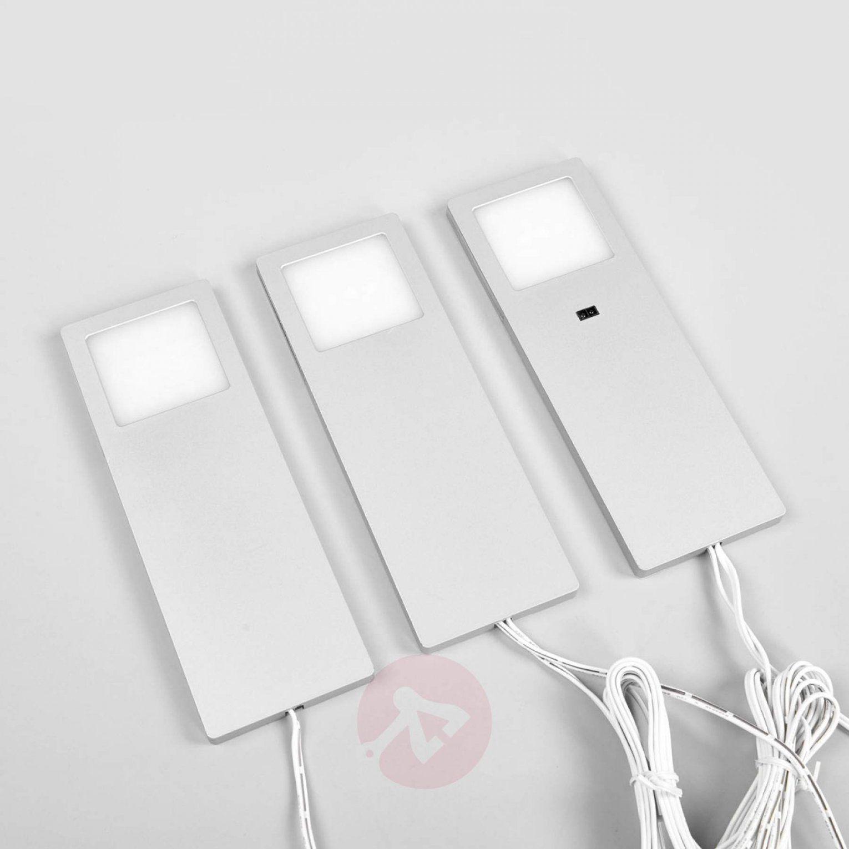 Drei Ledunterbauleuchten Helena Mit Sensor Im Set  Lampenweltat von Led Küchen Unterbauleuchte Mit Sensor Bild