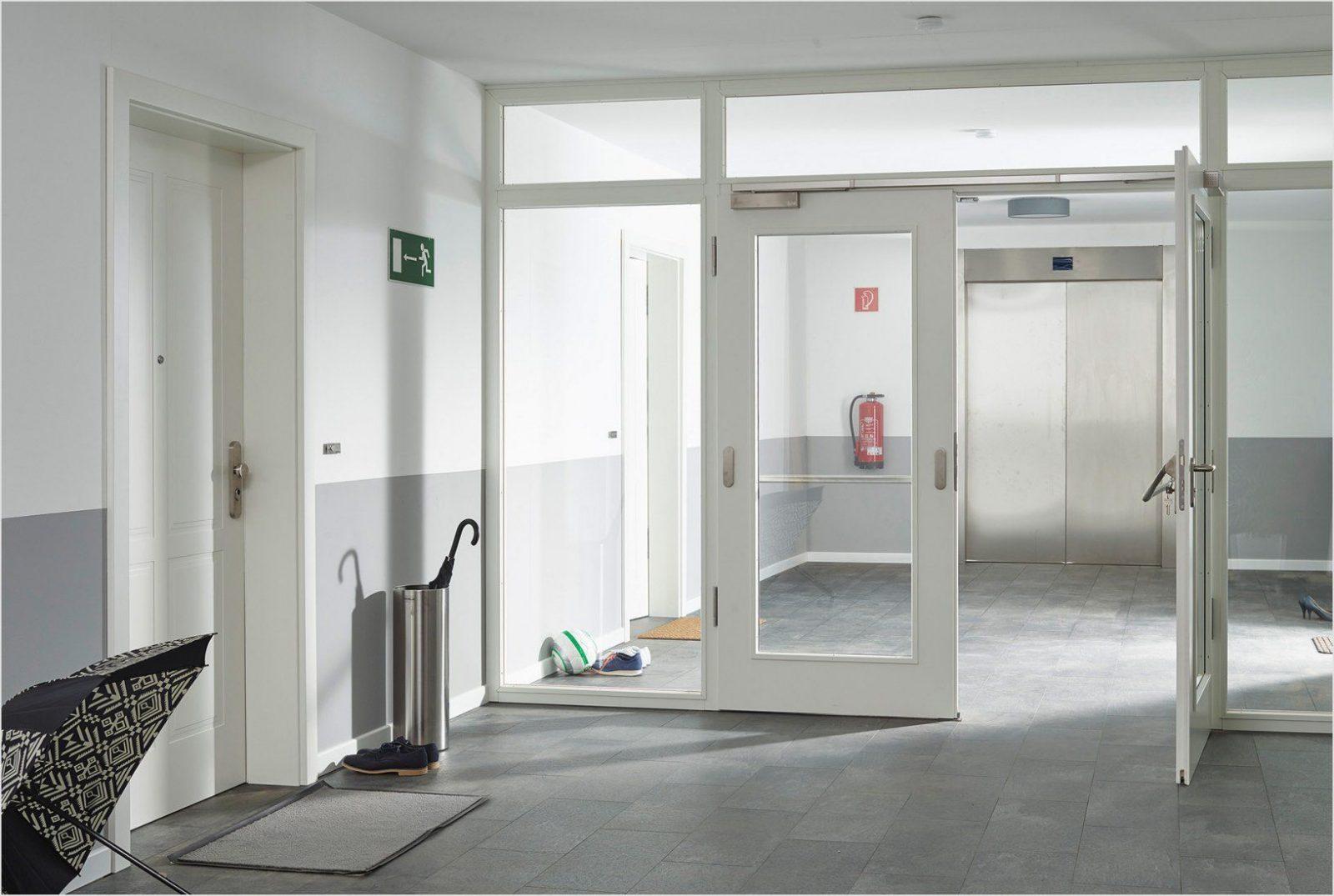 Dunklen Flur Heller Gestalten Mit Sahne Badezimmer Inspiration Und von Dunklen Flur Heller Gestalten Bild