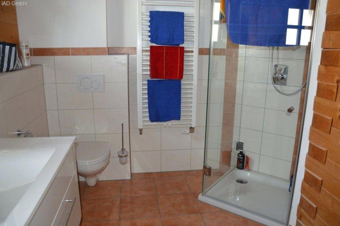 Dusche Vor Fenster Bad Vorm Immobilien Neukirchen Wald Baddusche Dem von Dusche Vorm Fenster Lösung Photo