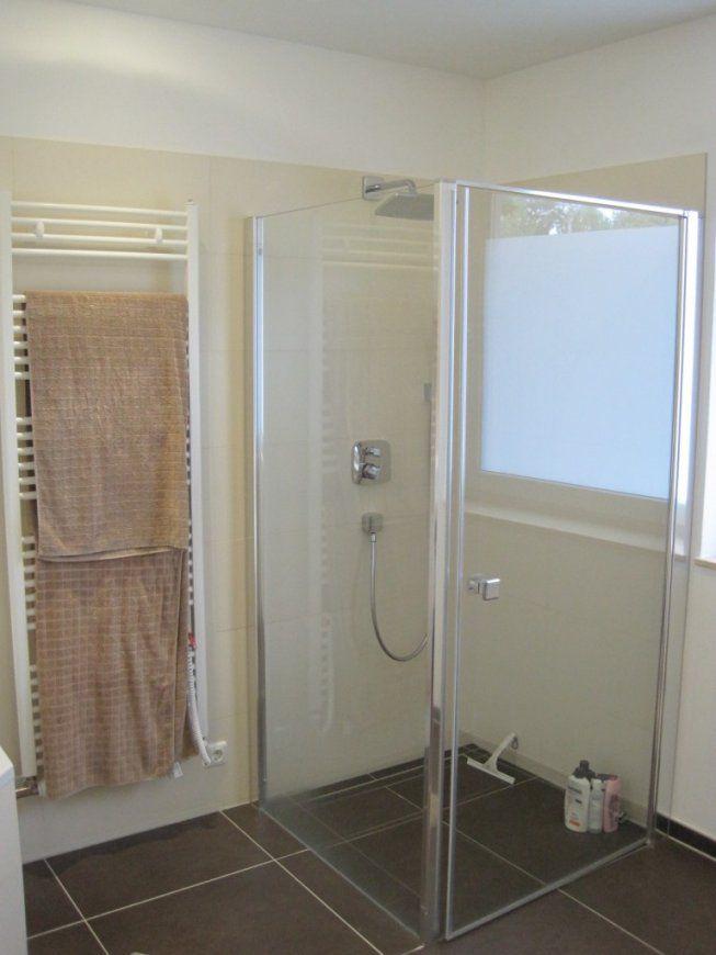 Dusche Vorm Fenster Losung  Inneneinrichtung Und Möbel von Dusche Vorm Fenster Lösung Bild