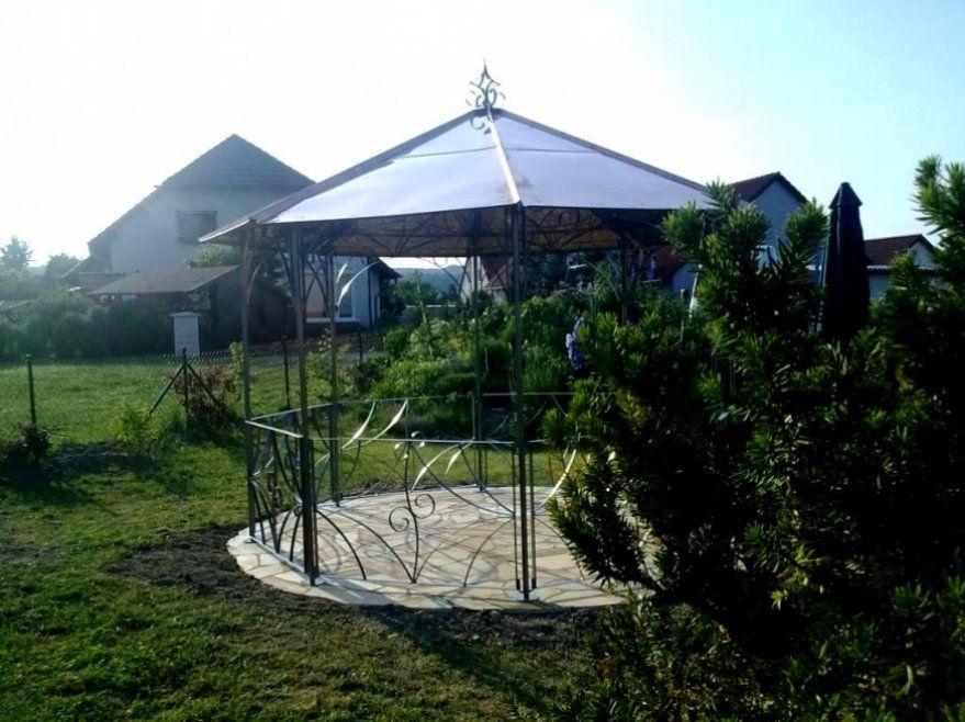 Ehrfurcht Gebietend Pavillon Rund Metall Faszinierend Metall von Metall Pavillon Mit Festem Dach Bild