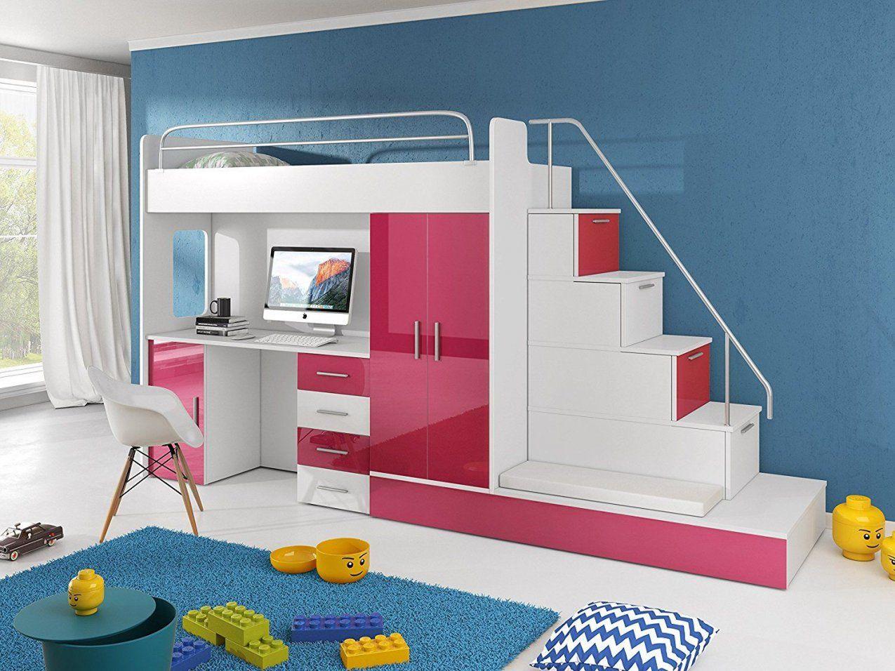 Ein Blickfang Im Kinderzimmer Ist Dieses Einzigartige Hochbett Mit von Hochbett Mit Treppe Und Schreibtisch Bild