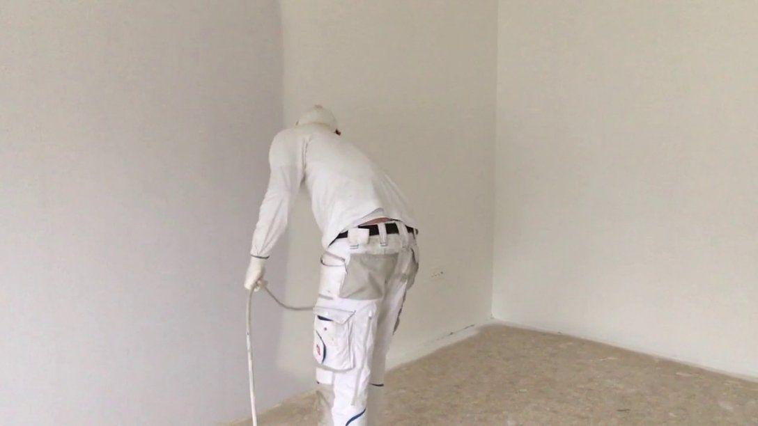 Ein Zimmer In 635Min Streichen So Gehts Airless Farbe Spritzen von Holzdecke Weiß Streichen Sprühen Photo