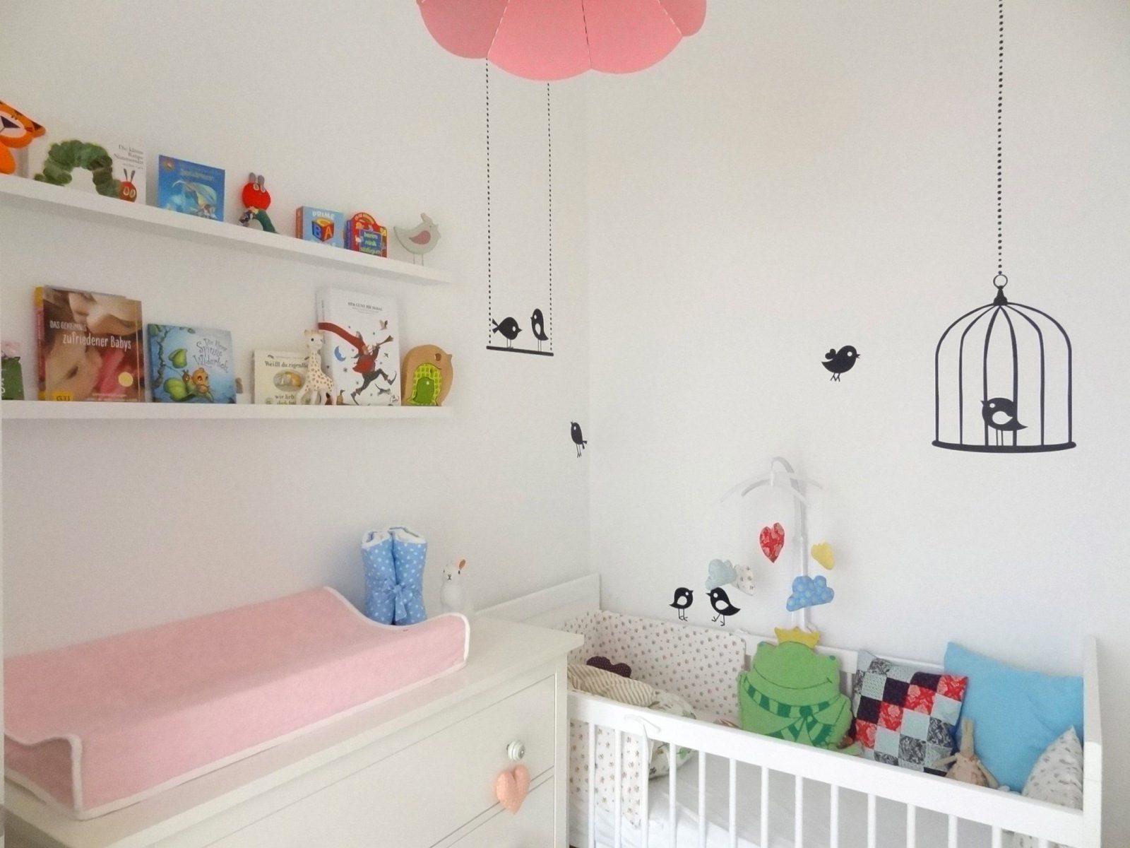 Einblick Ins Kleine Rosa Babyzimmer – Sweet Times von Kleines Kinderzimmer Für 2 Bild