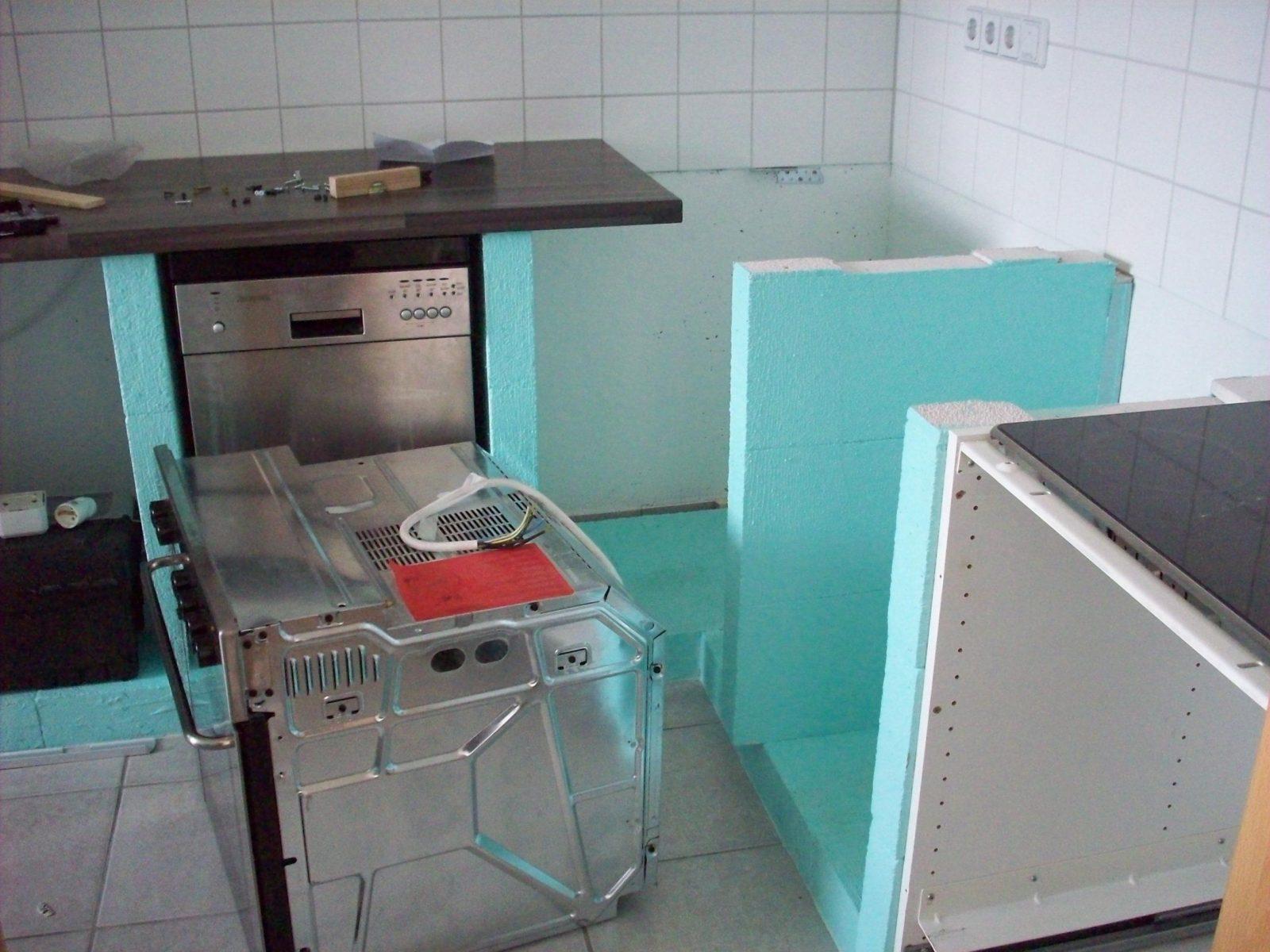 Eine Küche Aus Stein  Zentimetergenau von Herd Schrank Selber Bauen Bild