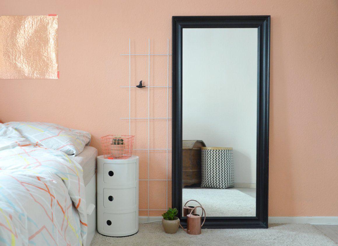 Eine Wand In Der Farbe Von Pfirsichsorbet  Annablogie von Wandfarbe Apricot Schöner Wohnen Photo