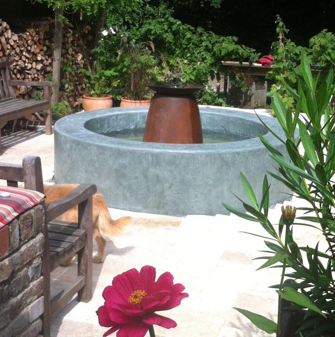 Einen Springbrunnen In Handarbeit Selber Gemacht  Youtube von Springbrunnen Garten Selber Bauen Photo