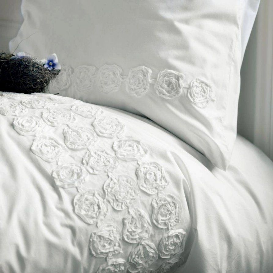 Enorm Weiße Bettwäsche Mit Rüschen Bettwasche Weis Ruschen von Rüschen Bettwäsche Weiß Photo