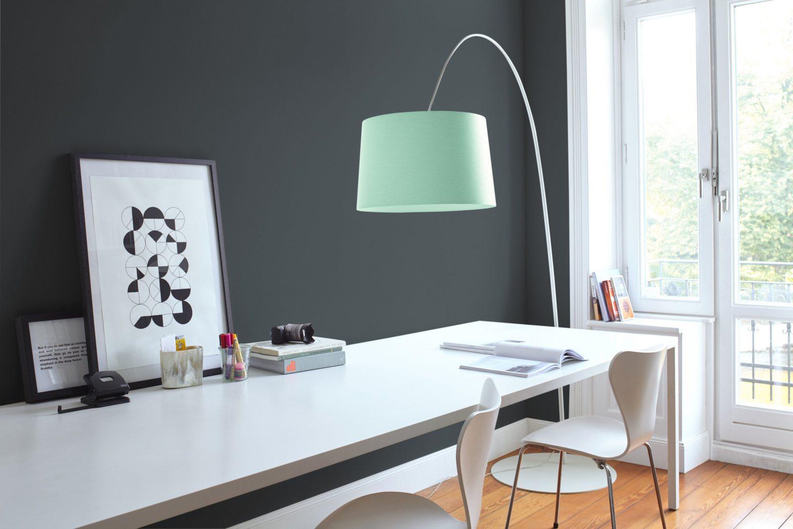 Erstaunlich Dunkle Möbel Weiß Streichen Welche Passt In Welches von Dunkle Möbel Weiß Streichen Photo