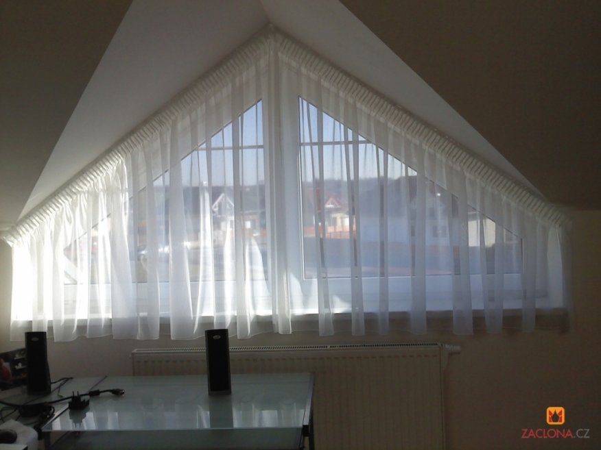 Erstaunlich Vorhänge Für Dreiecksfenster Einfache Gardinen Fr von Gardinen Für Giebelfenster Bild