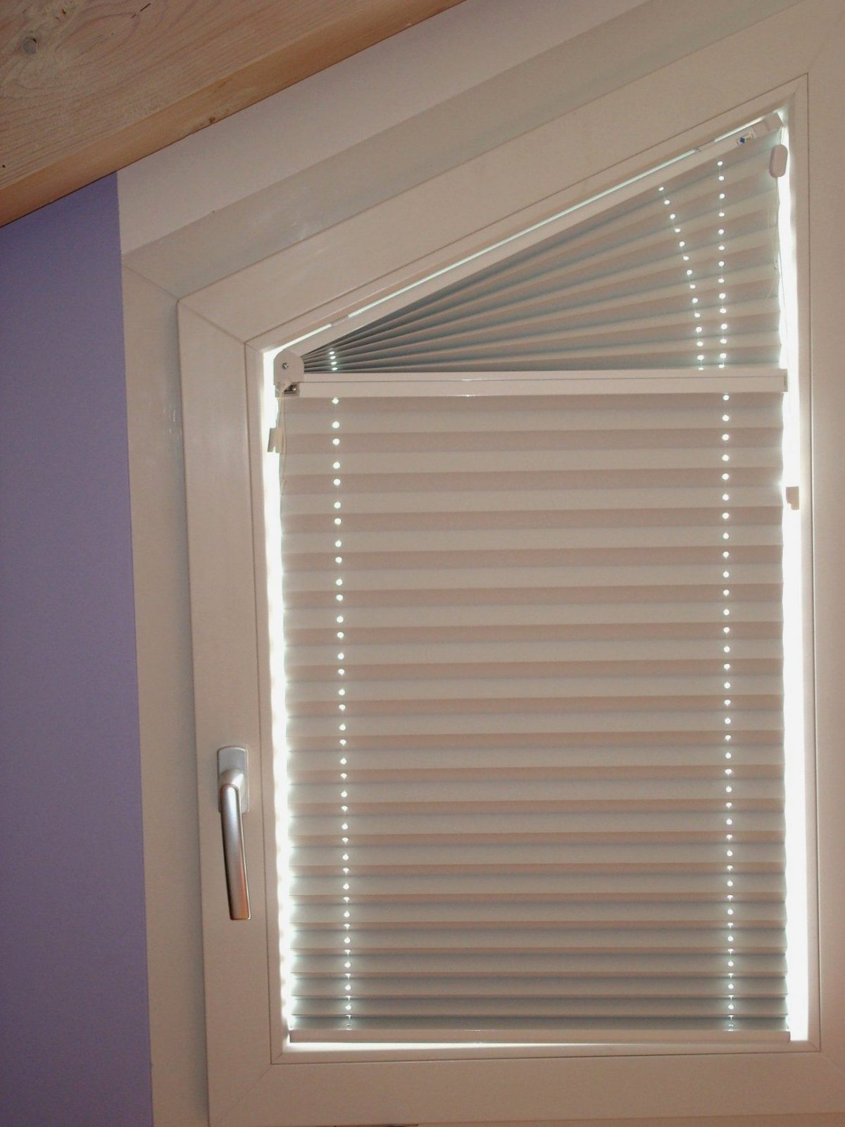 Erstaunlich Vorhänge Schräge Fenster – Cblonline von Schräge Fenster Gardinen Photo
