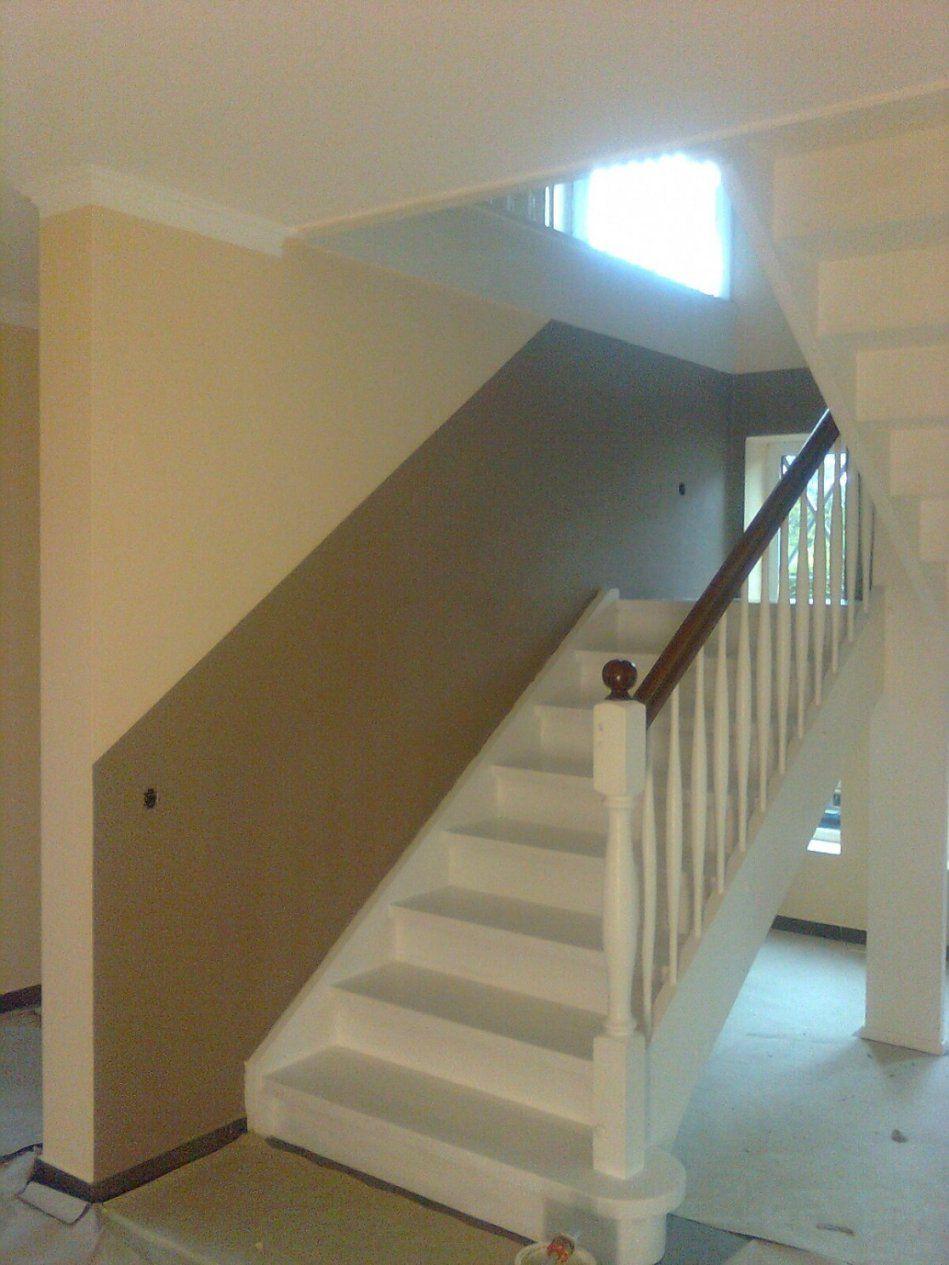 Farbgestaltung Treppenhaus Farbe  Loopele – Ntf von Treppenhaus Streichen Welche Farbe Bild