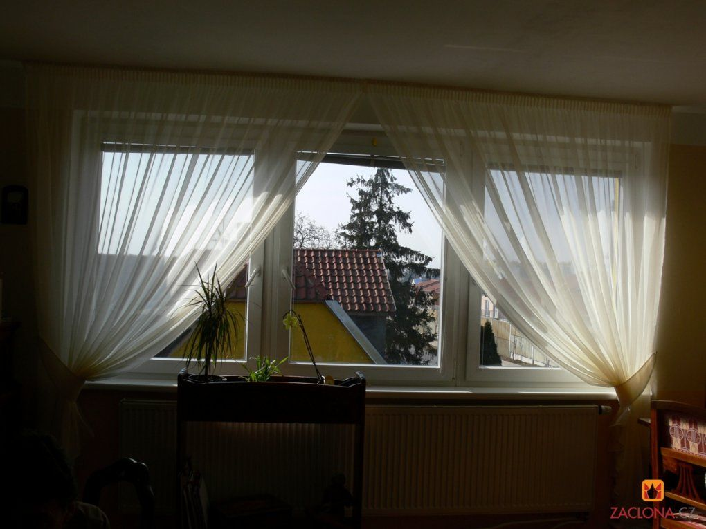 Feine Herabfließende Schmiegsame Gardinen  Heimtex Ideen von Welche Gardinen Für Breite Fenster Bild