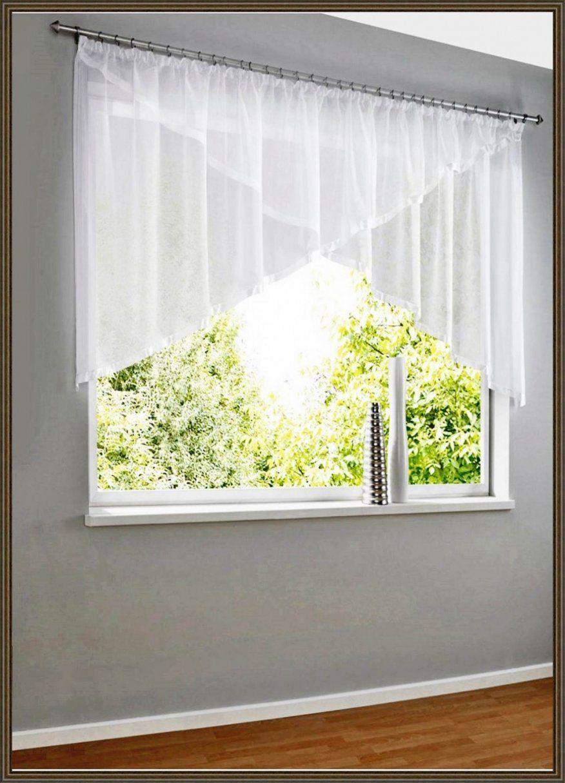 Fenster  Exquisit Kleine Fenster Gardinen Jalousien Für Kleine von Dreieckige Fenster Gardinen Bild