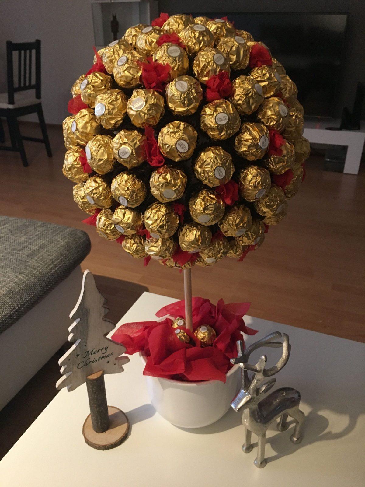 Ferrero Rocher Baum Styroporkugel Holzspieß Blumentopf Gipszement von Rocher Baum Selber Machen Photo