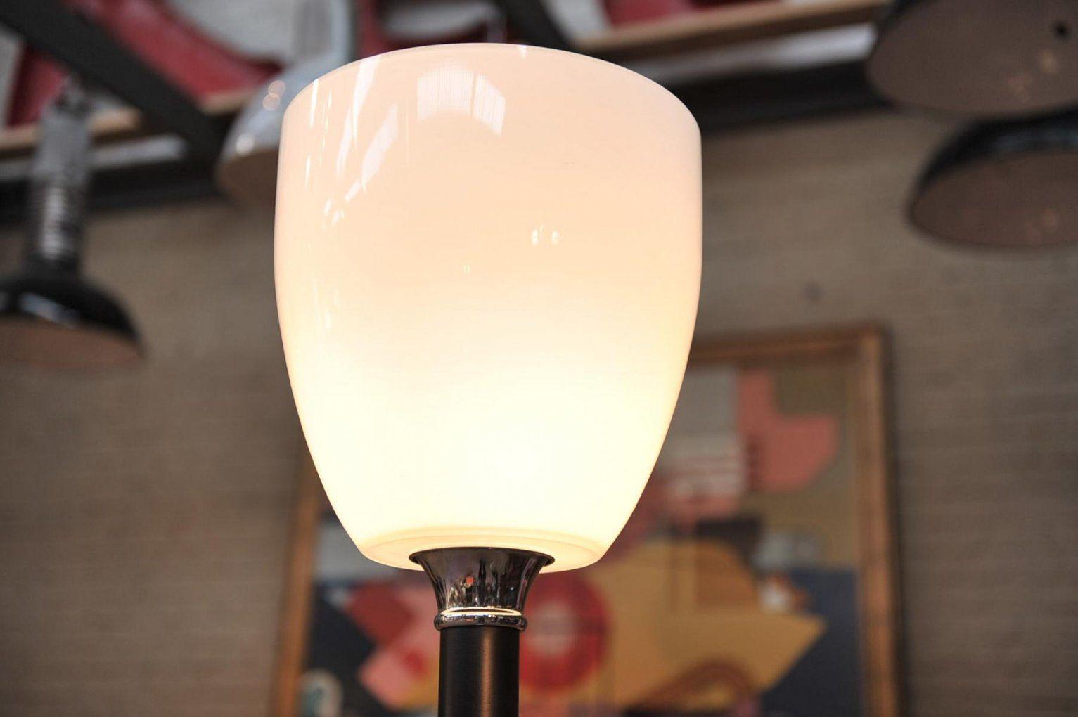 Französische Stehlampe Mit Glas Lampenschirm 1960Er Bei Pamono Kaufen von Glas Lampenschirm Für Stehlampe Photo