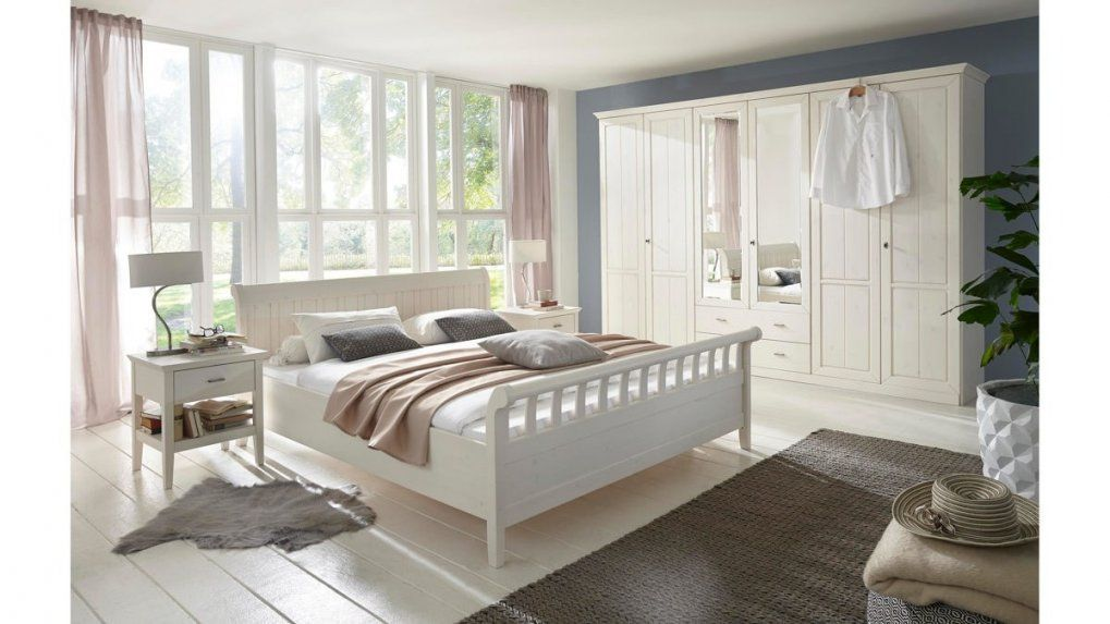 Funvit  Ikea Küchen Landhaus Mit Runder Teppich Mit Schlafzimmer von Schlafzimmer Komplett Weiß Landhaus Bild