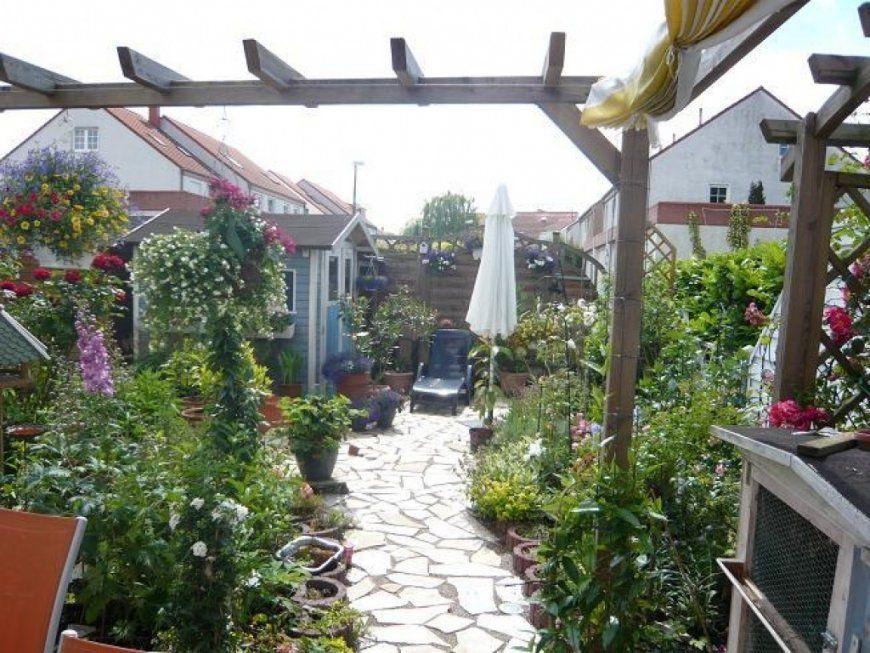 Gallery Of Kleinen Garten Mit Pflanzsteinen Gestalten Garten Mit von Garten Gestalten Mit Pflanzsteinen Photo