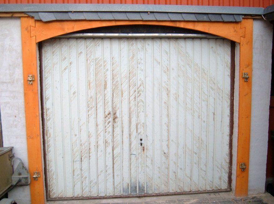 Garagentor Aus Holz Fotos Das Sieht Luxus – Savebraddock von Holz Garagentor Selber Bauen Photo