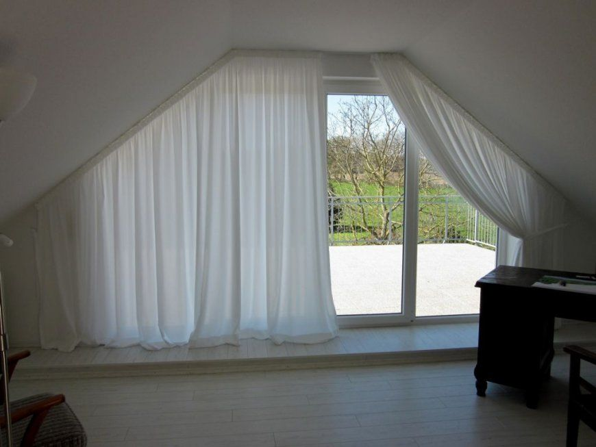 Gardinen Für Schräge Fenster 6  Schlafzimmer  Pinterest  Schräg von Schräge Fenster Gardinen Bild