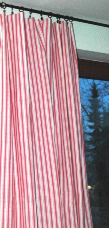 Gardinen  Gardinen Rot Weiß Gestreift 160X240 Cm  Ein von Gardinen Rot Weiß Gestreift Bild