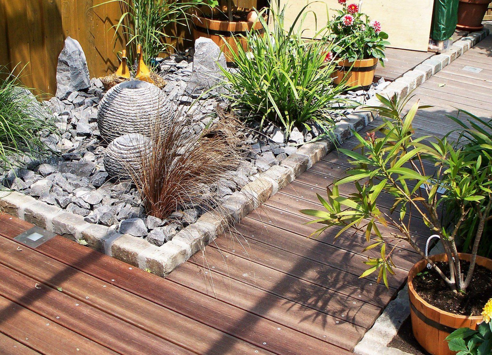 Garten Brunnen Stein Ideen von Brunnen Im Garten Anlegen Bild