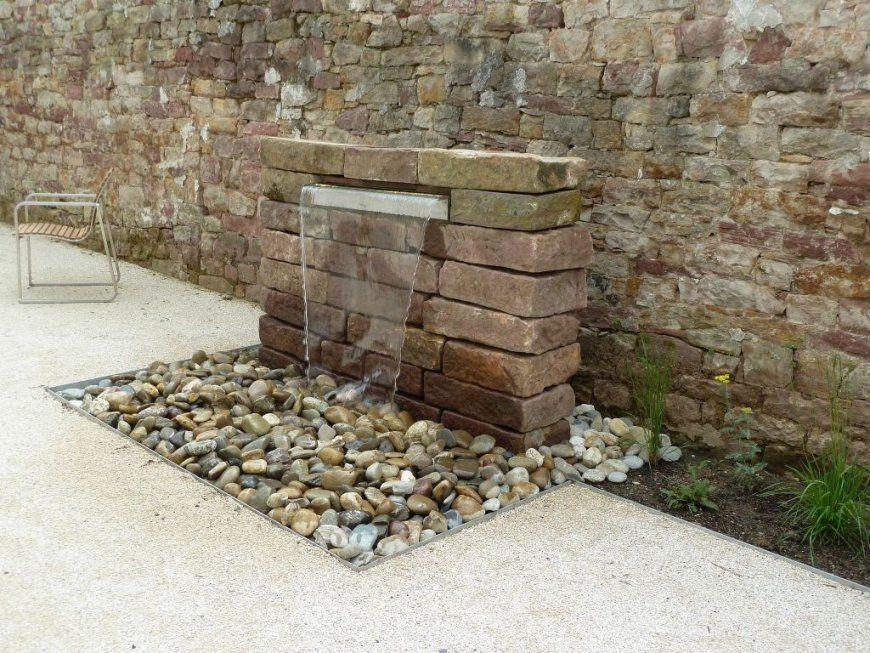 Garten  Wasserfall Mauer Naturstein  Things For The Garden von Mauer Wasserfall Selber Bauen Photo