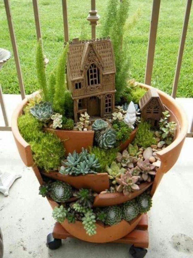 Gartendeko Aus Holz Selber Machengartendekoration Selber Machen von Dekorieren Mit Holz Im Garten Bild