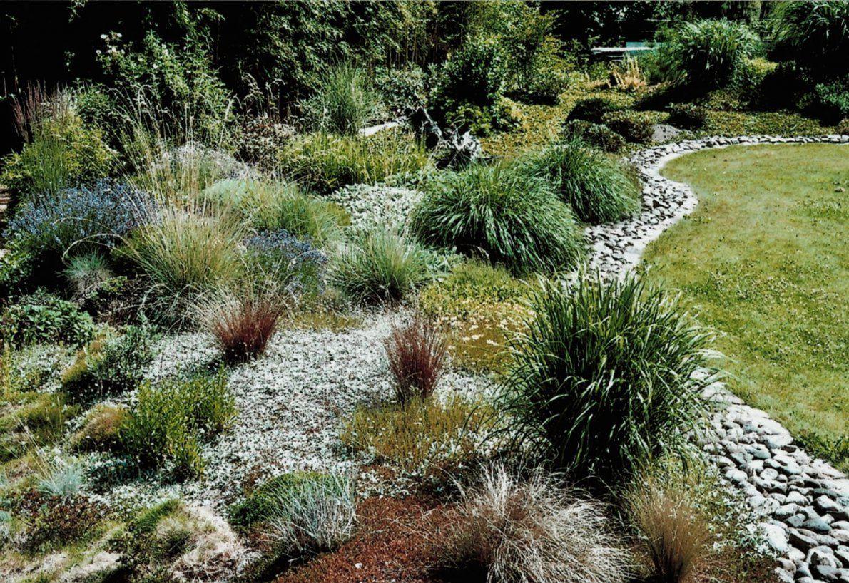 Gartengestaltung Mit Steinen Und Grasern Jenseits Des Glaubens Auf
