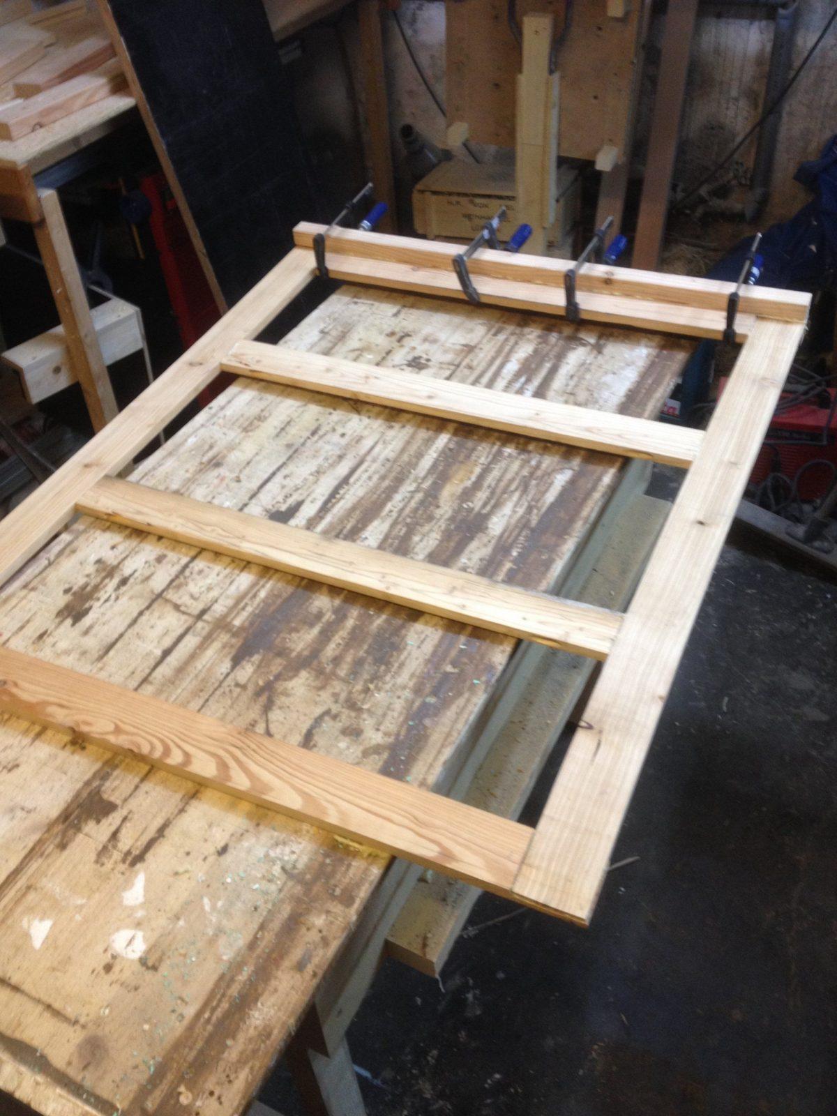 Gartentor In 60 Minuten Bauen  Der Kellerwerker von Gartentor Aus Holz Selber Bauen Bild