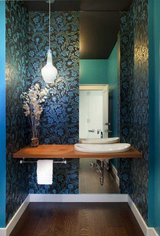 Gäste Wc Design Mit Schwarzer Tapete Und Blauen Mustern Kombiniert von Gäste Wc Design Ideen Photo