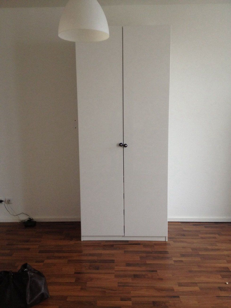 Gebraucht Ikea Kleiderschrank Garderobe Schrank In 13347 Berlin Um von Schrank Zu Verschenken Berlin Photo