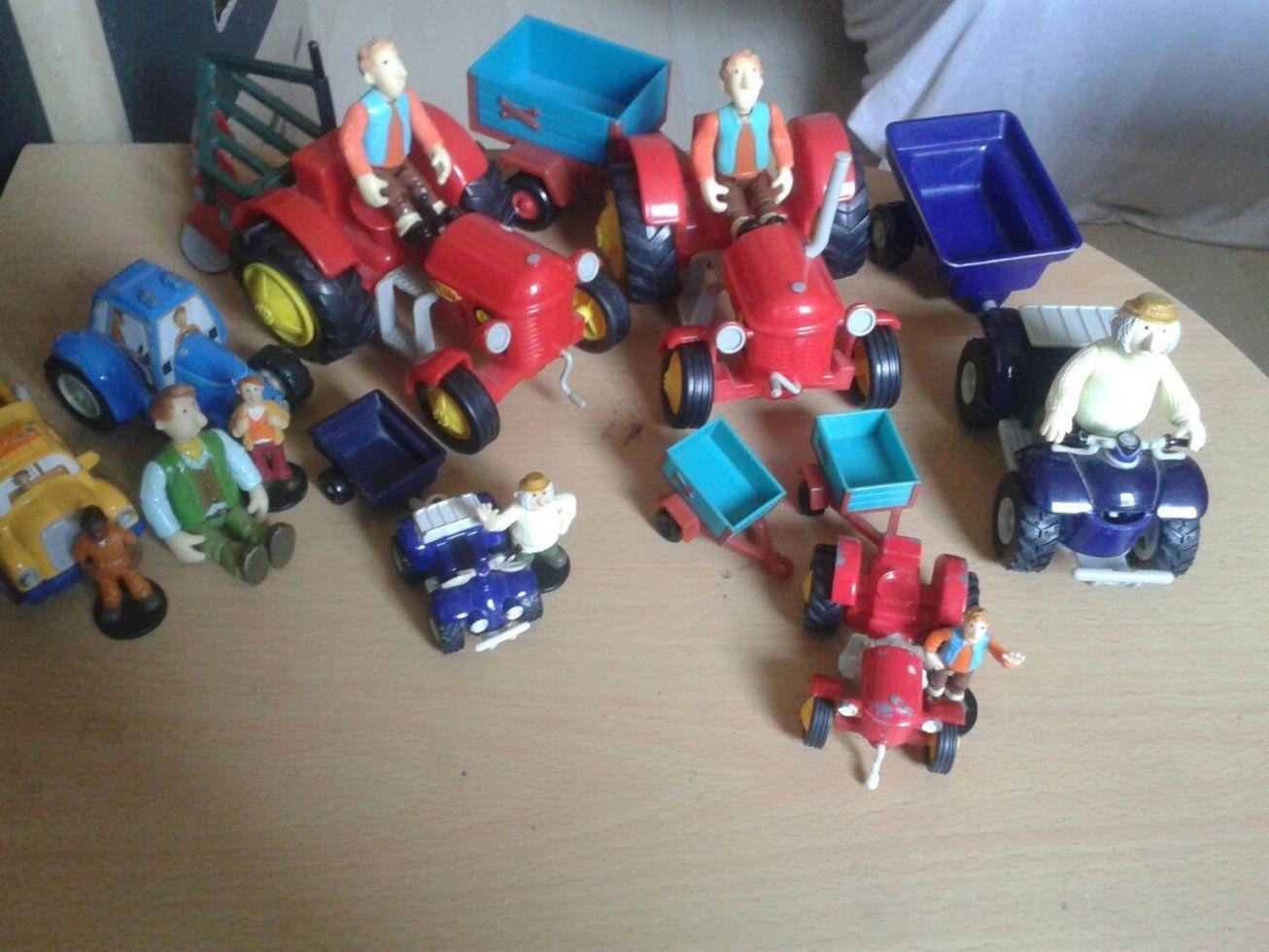 Gebraucht Kleiner Roter Traktor Spielzeug In 70736 Fellbach Um von Bettwäsche Kleiner Roter Traktor Photo