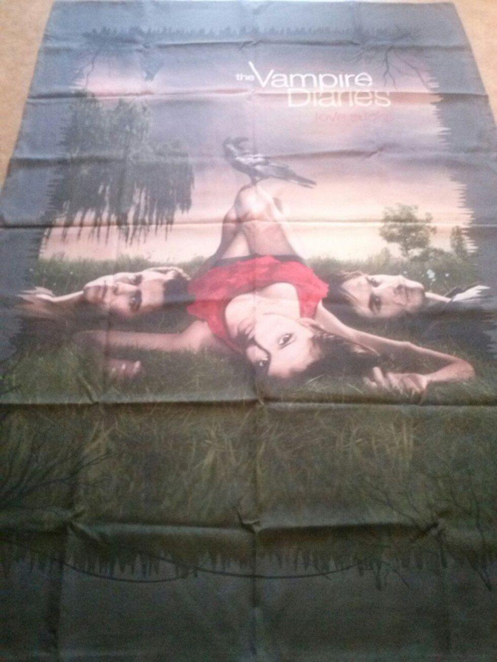 Gebraucht The Vampire Diaries Bettwäsche Decke+Kissen In 76275 von The Vampire Diaries Bettwäsche Photo