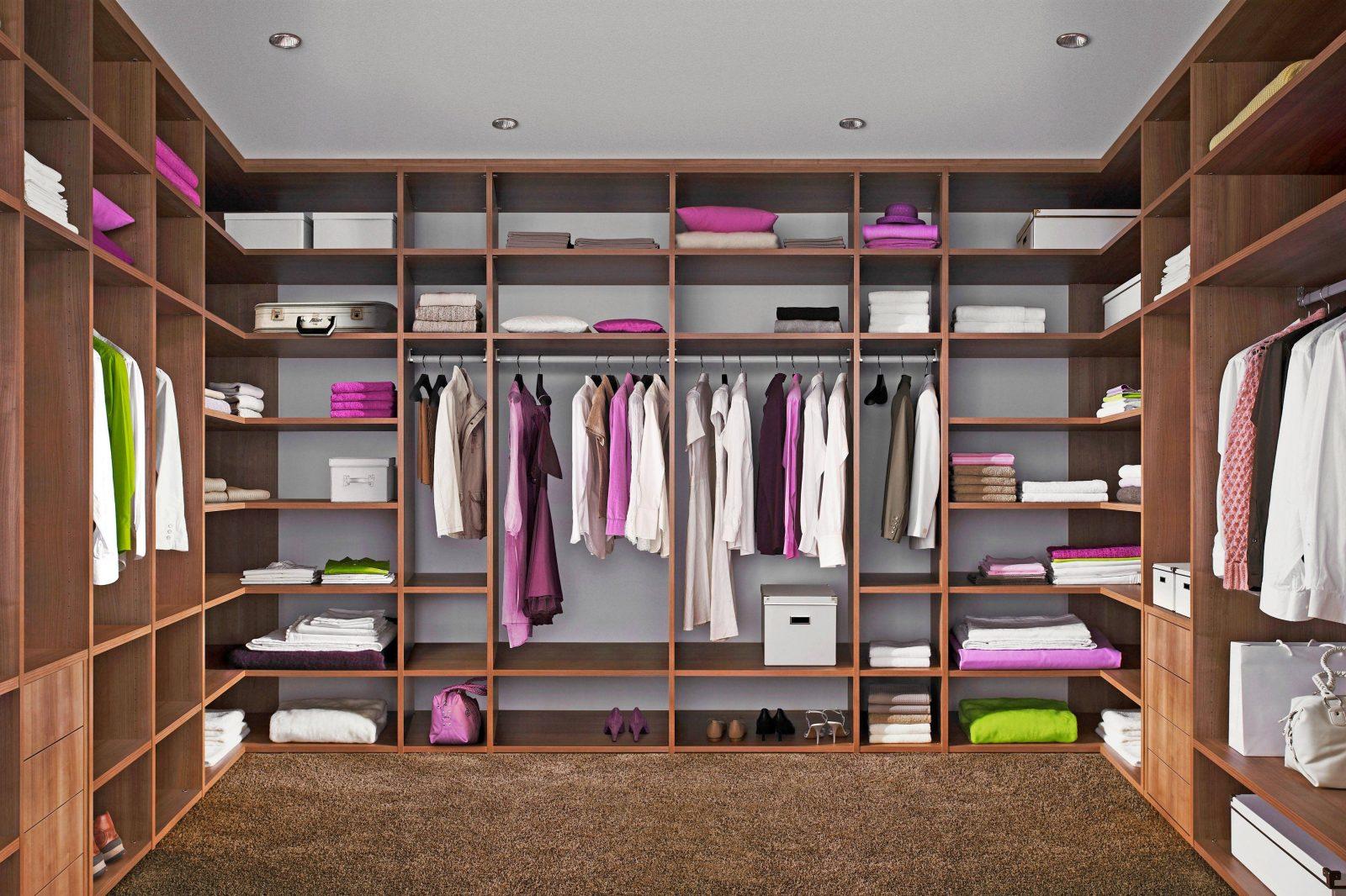 Genial Begehbaren Kleiderschrank Selber Bauen Struktur Volksfreund von Begehbarer Kleiderschrank Selbst Bauen Bild