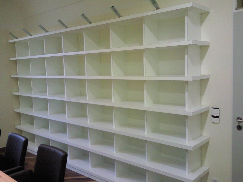 Glas Regale Oder Holz Regale Ist Besser von Regal Abstellraum Selber Bauen Photo