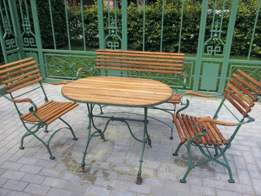 Großartig Gartenmöbel Aus Metall Antik Eisen Nifty Auf Garten Ideen von Gartenmöbel Aus Metall Antik Bild