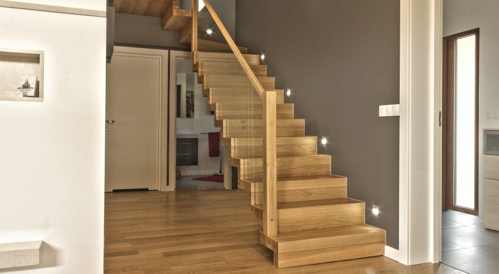 Günstige Holztreppen Aus Polen  Lieferung Und Montage von Treppen Kaufen In Polen Photo