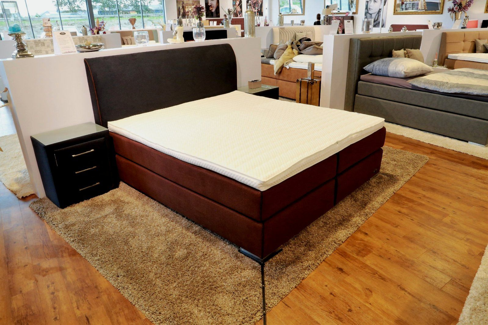 boxspringbetten lagerverkauf d sseldorf haus design ideen. Black Bedroom Furniture Sets. Home Design Ideas