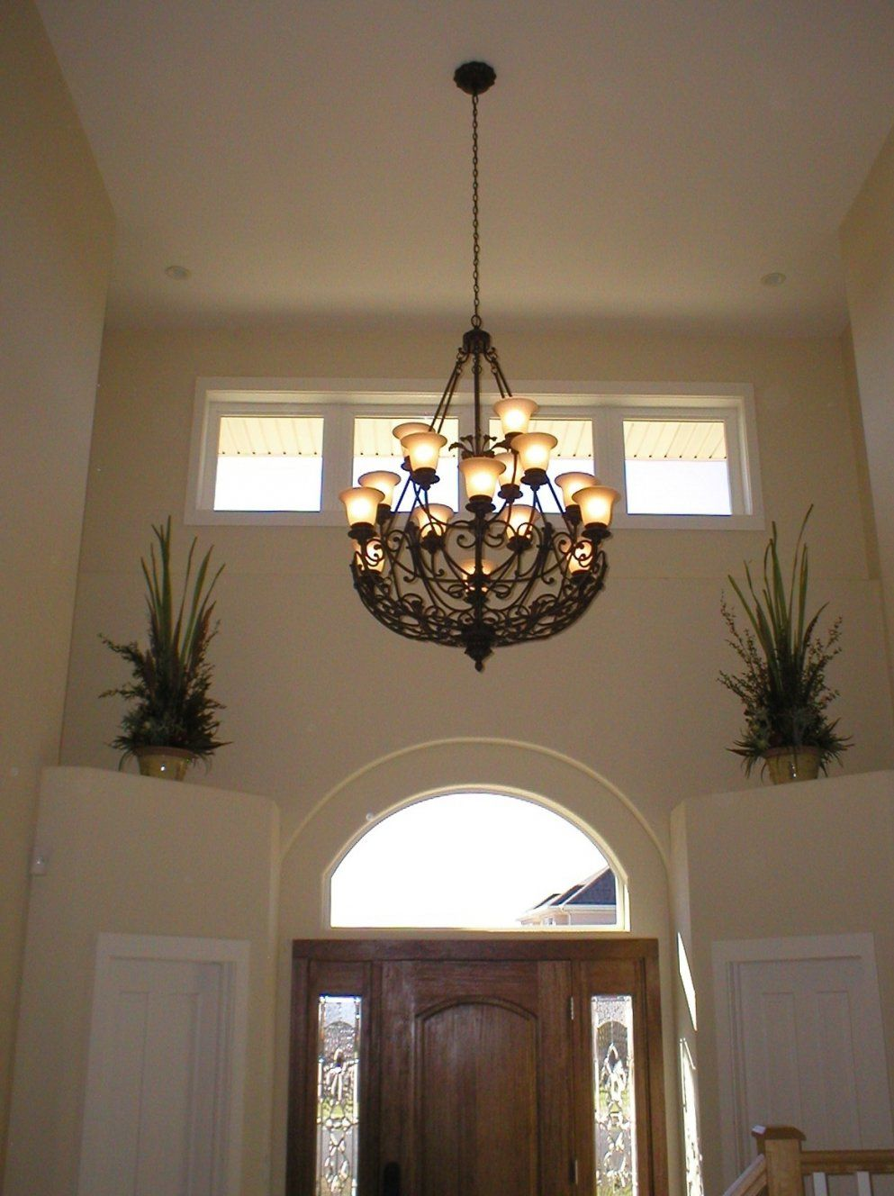High Ceilings Chandeliers  Pixball von Modern Chandelier For High Ceiling Photo