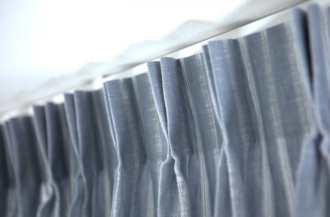 Hilfestellung Flämische Falte  Onlineshop von Gardinen Mit Faltenband Aufhängen Bild