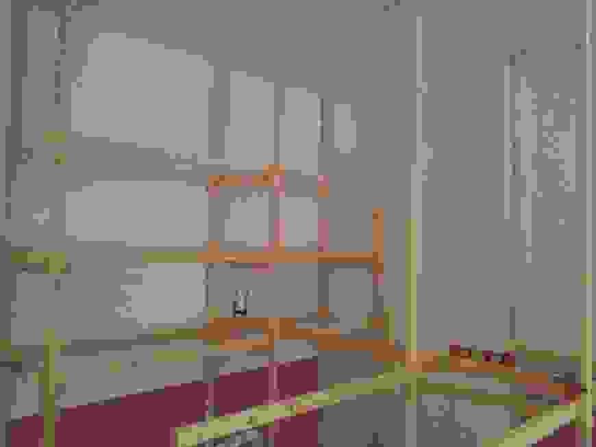 Hochbett Selber Bauen Dachschräge Ist Tolle Planen Von Schrank Für von Hochbett Selber Bauen Mit Schrank Bild