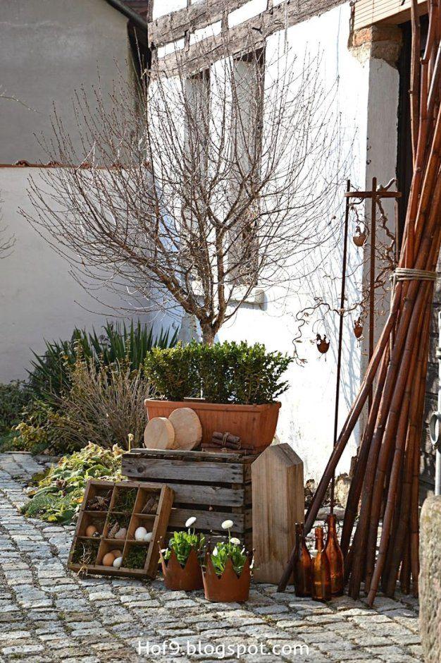 fr hling ostern deko mit blumen dekoration vor der haust r von deko ideen vor der haust r. Black Bedroom Furniture Sets. Home Design Ideas