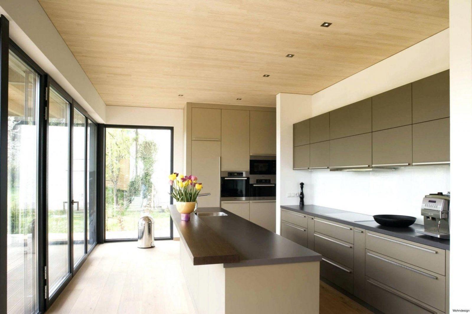 Holzdecke Lasieren Geraumiges Wohndesign Streichen Ohne Abschleifen von Braune Holzdecke Weiß Streichen Photo