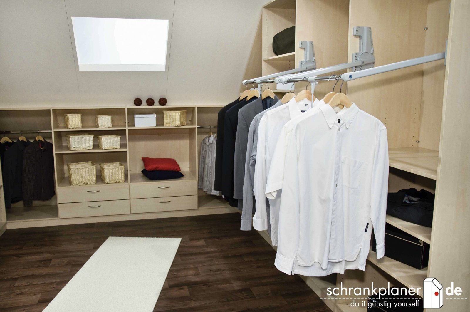 How To Decorate Begehbarer Kleiderschrank In Dachschräge Selber von Begehbarer Kleiderschrank Dachschräge Ikea Photo